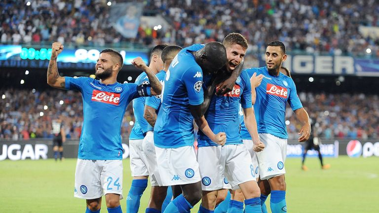 Mertens stars as Napoli sinks Nice