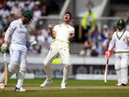 James Anderson celebrates the wicket of Dean Elgar