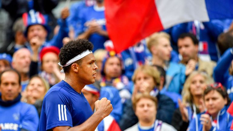 Jo-Wilfried Tsonga levelled France's Davis Cup tie against Serbia