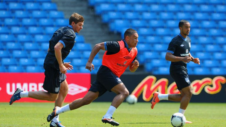 Gerrard and Oxlade-Chamberlain pictured in England training in 2012