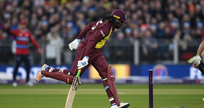 Chris Gayle'I thought about putting in a dive but I didn't want to get my clothes dirty