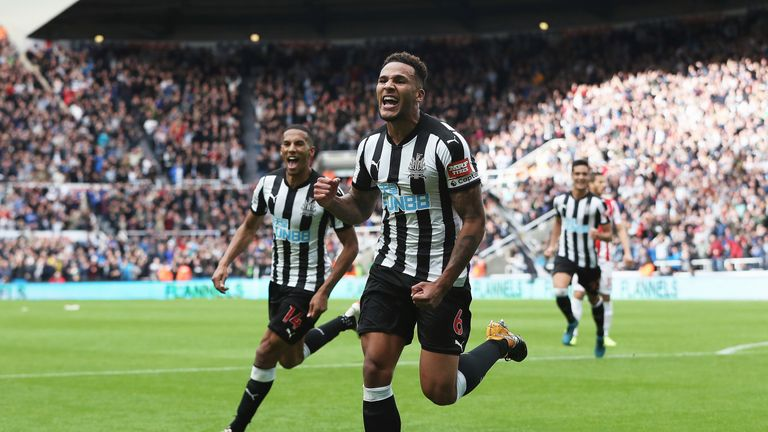 Jamaal Lascelles puts Newcastle United 2-1 up against Stoke City