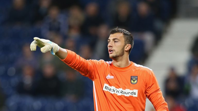 Minor league keeper sent off for urinating on pitch