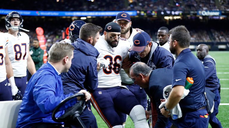 Bears' Zach Miller undergoes emergency surgery in effort to save injured leg