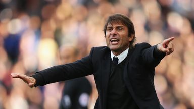 Reported criticism by some Chelsea players of Antonio Conte's training methods have shocked Gianluca Vialli