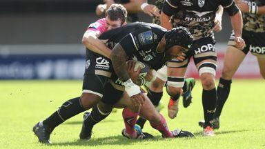 Nemani Nadolo is tackled by Ian Whitten