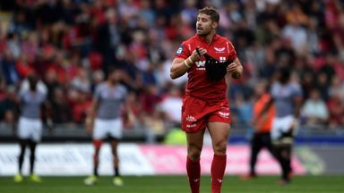 Leigh Halfpenny in action for Scarlets