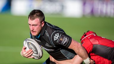 Stuart Hogg makes a welcome return for the Warriors