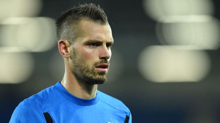 Everton midfielder Morgan Schneiderlin