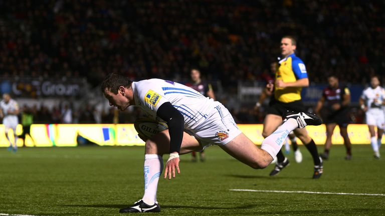 Ian Whitten touches down for a Chiefs try at Allianz Park