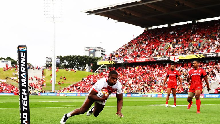 Jermaine McGillvary goes over for England