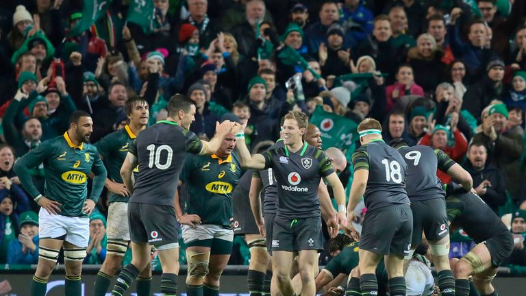 Ireland thrashed a woeful South Africa side 38-3