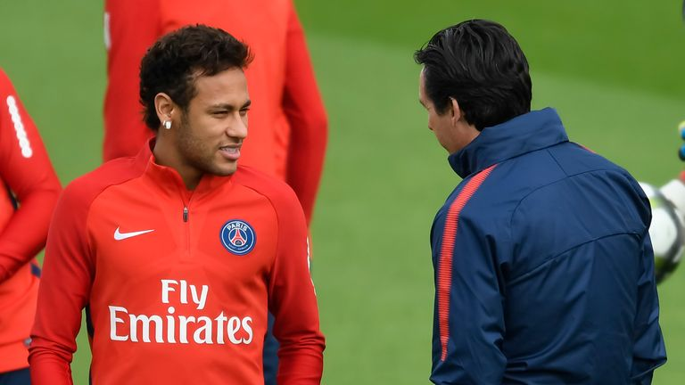 Real Madrid star welcomes Neymar to the Santiago Bernabeu