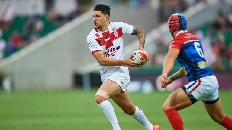 Gareth Widdop continues at full-back in Jonny Lomax's absence