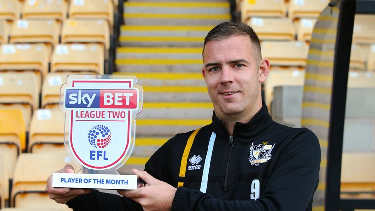 Tom Pope of Port Vale is presented with the Sky Bet League Two Player of the Month Award for October