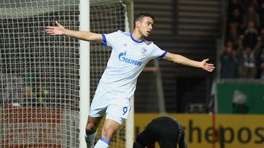 Franco Di Santo scored an early penalty for Schalke