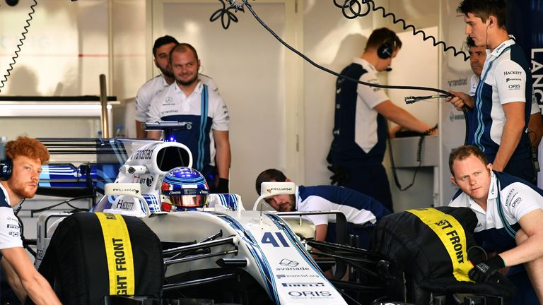 F1 2018: Williams won't confirm driver line-up until January