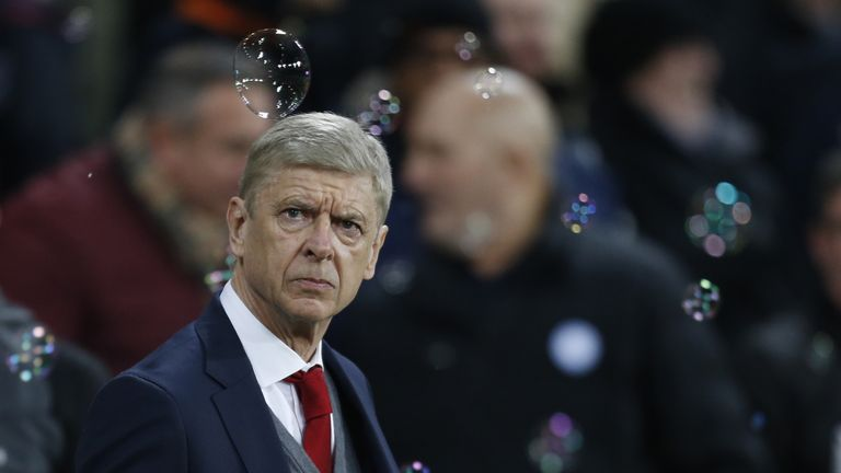 Arsene Wenger watched his side's winless league run extend to three games