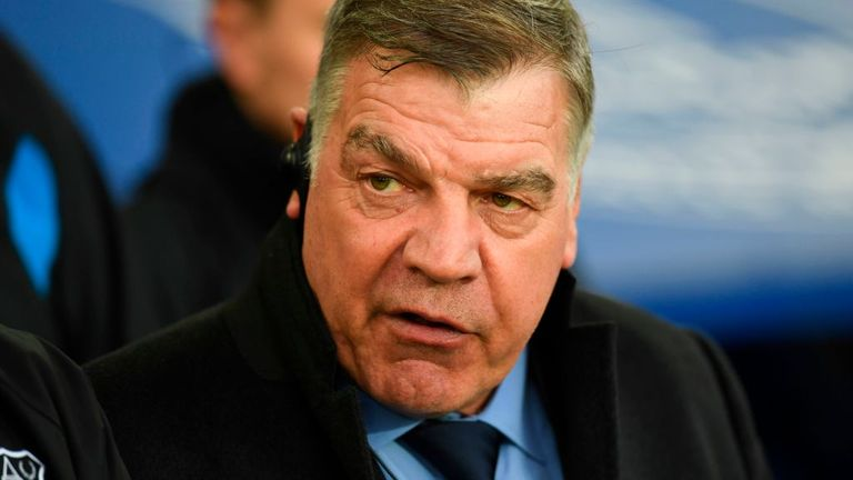 Everton's manager Sam Allardyce is taking his players on a warm-weather training camp in Dubai