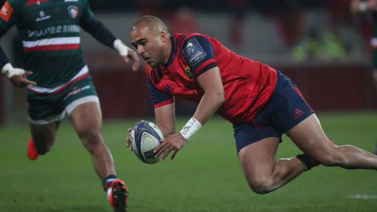 Simon Zebo scored Munster's second try after an intelligent kick in behind from Ian Keatley