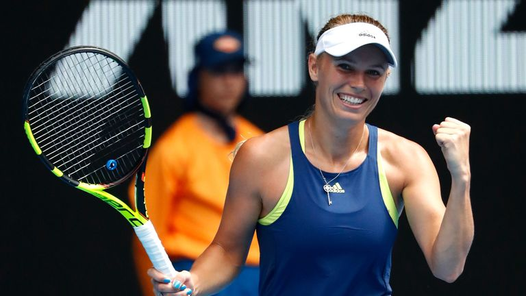 Top seeds power through Day 2 of Australian Open