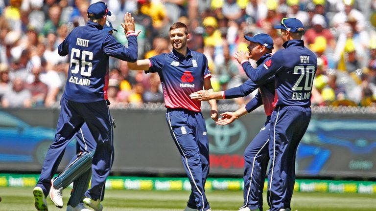 Mark Wood gave England the early impetus with a ferocious spell of fast bowling