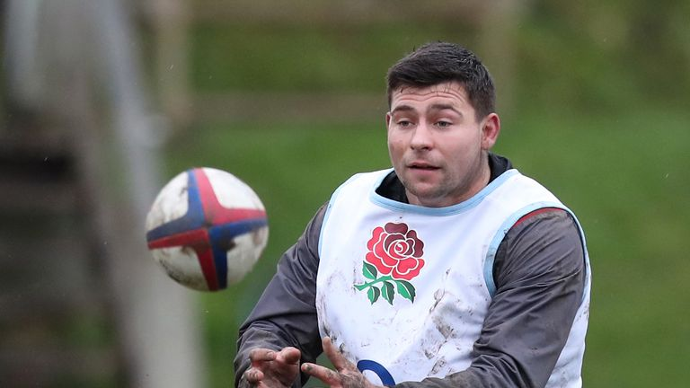 England's Youngs set to miss Wales clash with knee injury