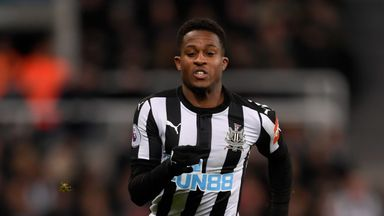 Rolando Aarons has joined Hellas Verona on loan until the end of the campaign