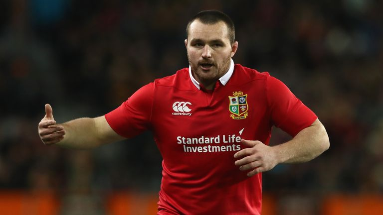 Gatland to fire heavy artillery at Ireland