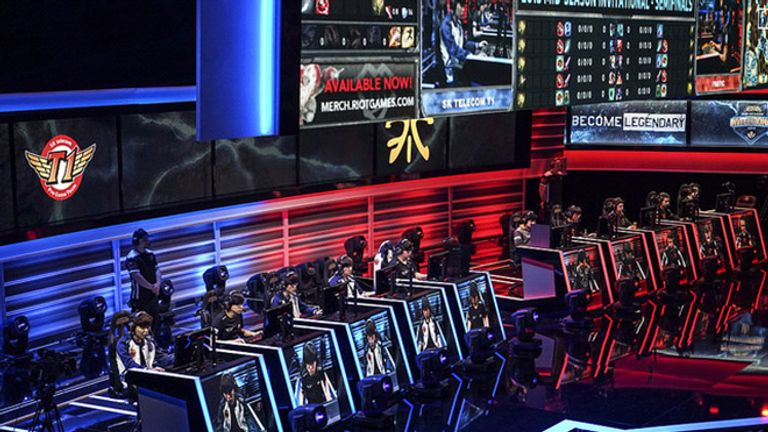 SK Telecom T1 and Fnatic facing off against each other  (credit: Riot Games)