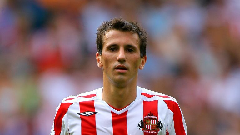 Sunderland will pay tribute to former player Liam Miller