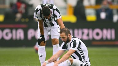 Gonzalo Higuain was withdrawn after 15 minutes against Torino