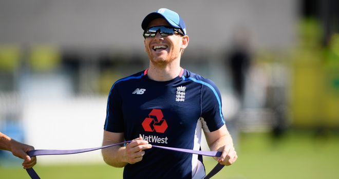 Stokes trains with England teammates ahead of return