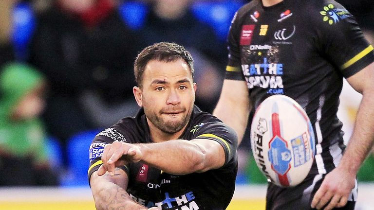 Aaron Heremaia flies the ball wide for Widnes Vikings in the Betfred Super League