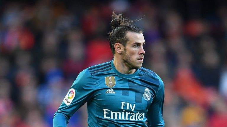 Gareth Bale of Real Madrid runs with the ball during the La Liga match between Valencia and Real Madrid at Estadio Mestalla, January 2018