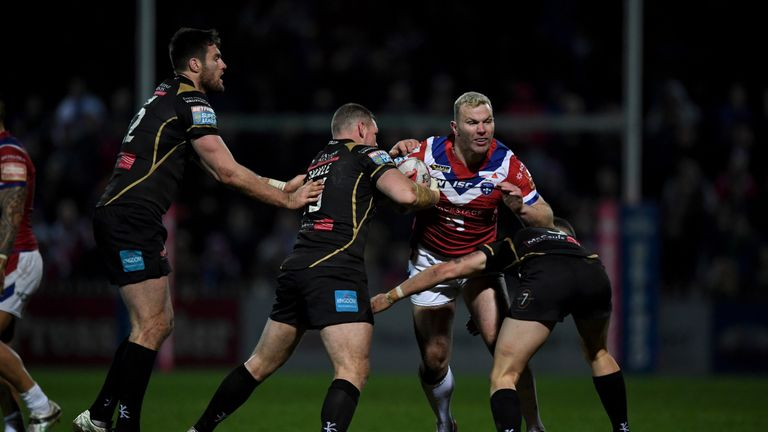 Keegan Hirst has extended his stay with Wakefield Trinity