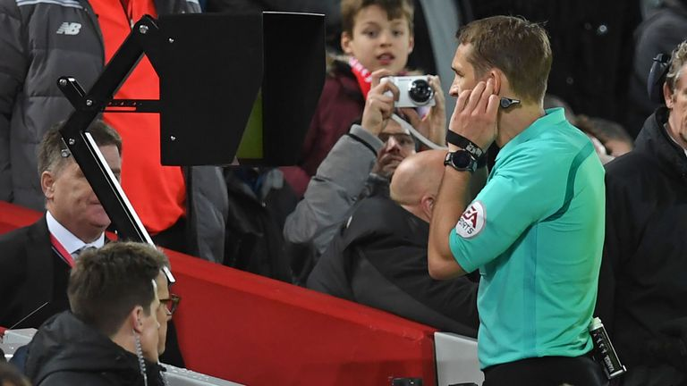 VAR incidents to be shown on stadium screens at World Cup