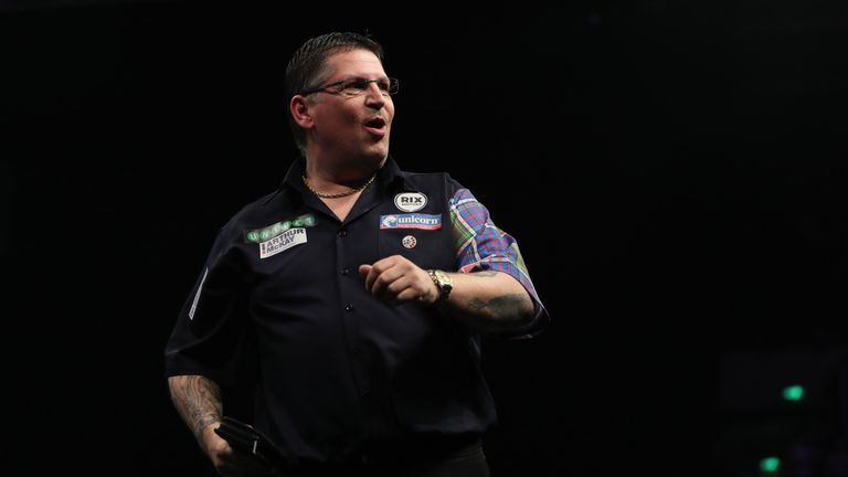 Gary Anderson won his fifth title of 2018 in Milton Keynes