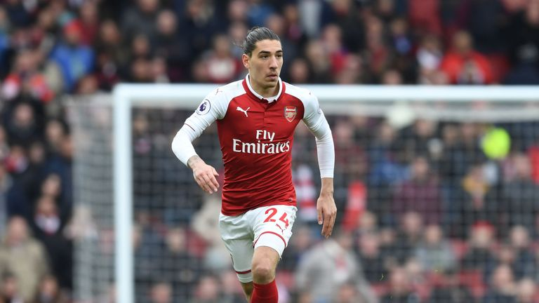 Hector Bellerin has been linked a move back to Barcelona, but is 2/5 with Sky Bet to stay at Arsenal