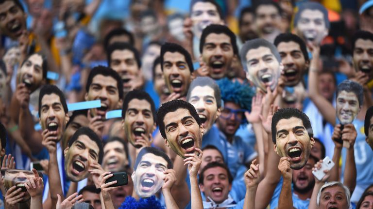 Why were the Uruguayan public in support of Luis Suarez after his bite?