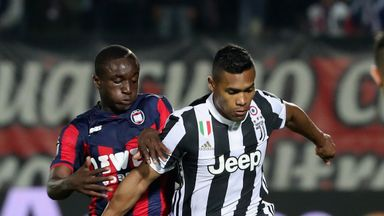 Alex Sandro scored for Juventus, but they were held to a draw