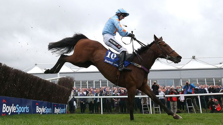 Un De Sceaux ridden by Jockey Patrick Mullins on the way to winning the BoyleSports Champion Chase during day one of the Punchestown Festival 2018 at Punchestown Racecourse, County Kildare. PRESS ASSOCIATION Photo. Picture date: Tuesday April 24, 2018. See PA story RACING Punchestown. Photo credit should read: Niall Carson/PA Wire