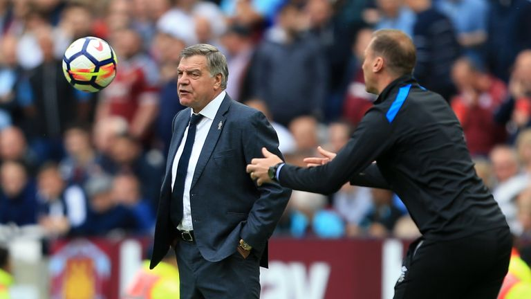 Everton manager Sam Allardyce has rubbished reports of a falling out with Wayne Rooney
