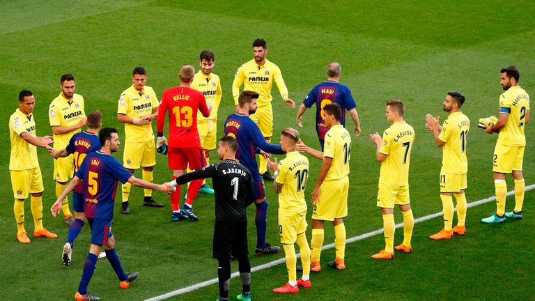 Villarreal gave Barcelona a guard of honour