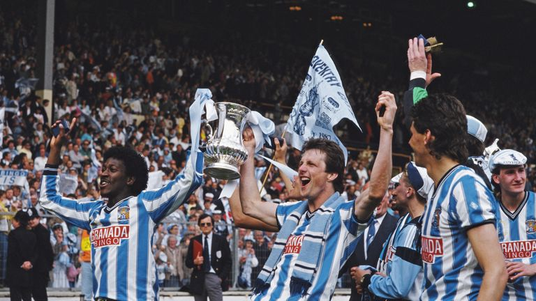 Dave Bennett (l) and Keith Houchen after the 1987 FA Cup final between Coventry City and Tottenham