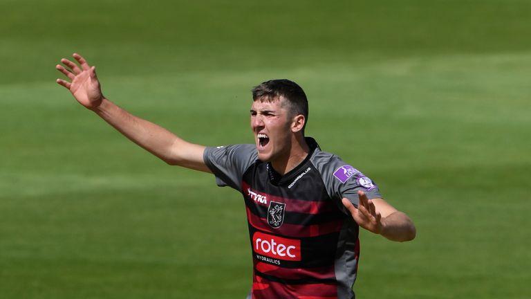 Craig Overton took 4-27 in Somerset's crushing win over Surrey
