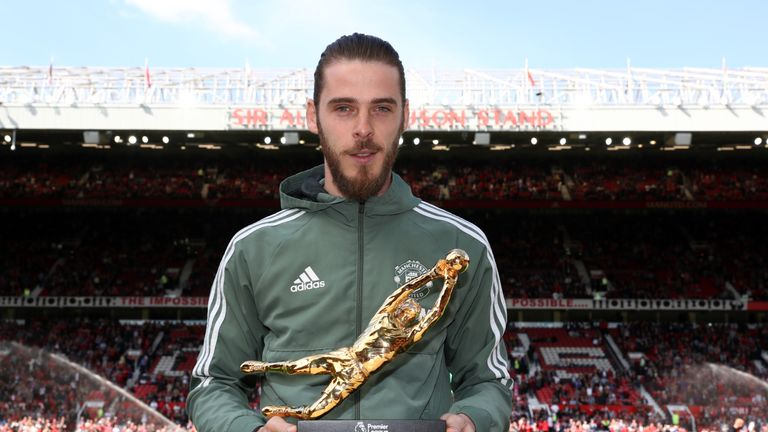 David De Gea also won the the Premier League Golden Glove award