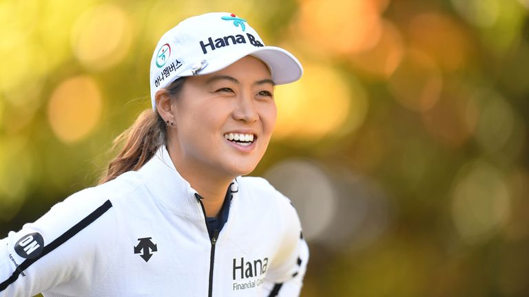 Minjkee Lee holds the lead after a third-round 69