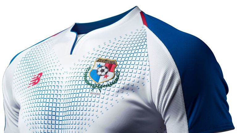Panama's away strip mirrors the template seen in the home shirt but with 'Pan Blue' chevrons