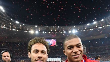 Neymar and Kylian Mbappe want to stay at PSG, according to Luis Fernandez